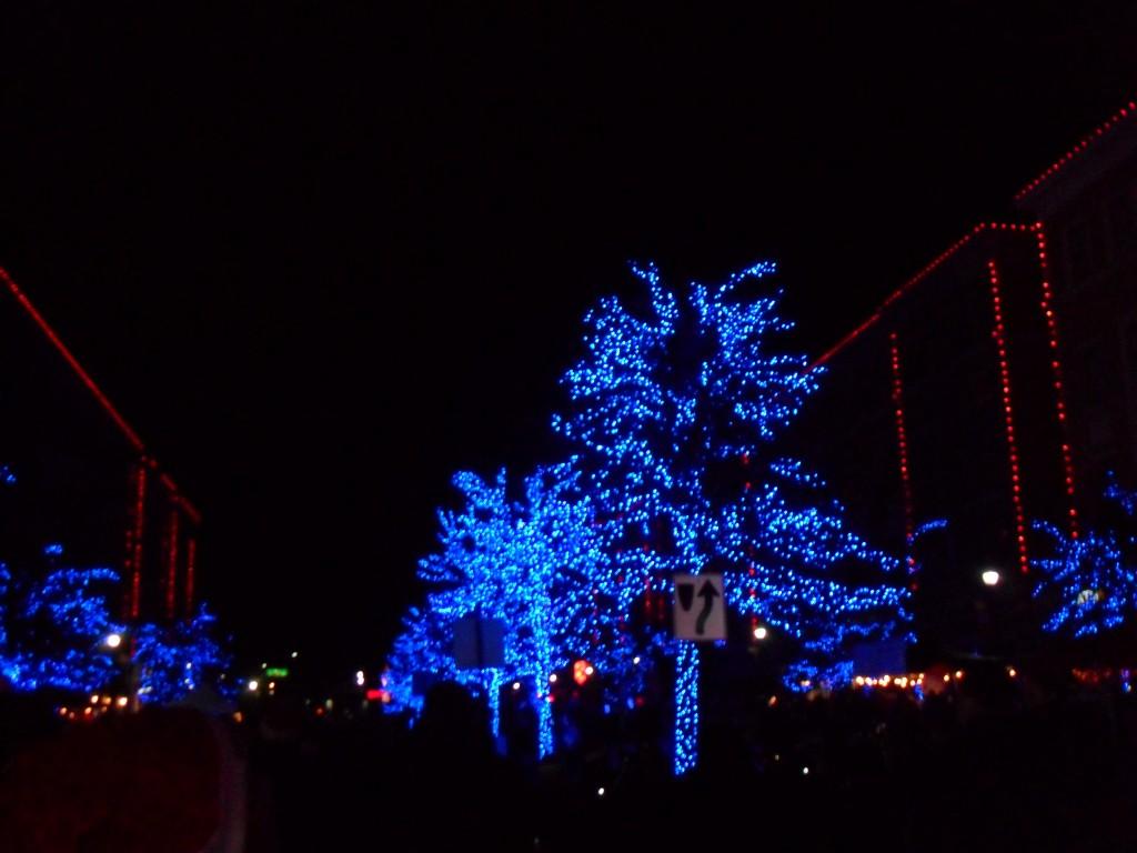 Merry Main Street 1